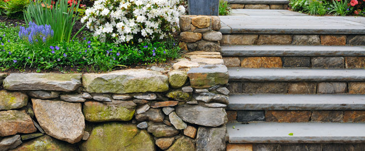 Garden Walls decorative walling natural walls Robins Nest
